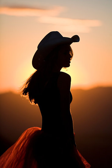 cowgirl_silhouette